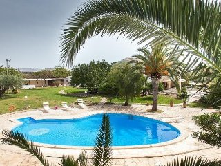 Lovely Villa with Internet Access and A/C - Marina Di Modica vacation rentals