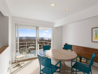 Beautiful House with Toaster and Television - Montauk vacation rentals
