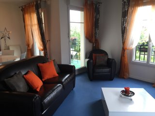 Nice Condo with Internet Access and Wireless Internet - Magny-le-Hongre vacation rentals
