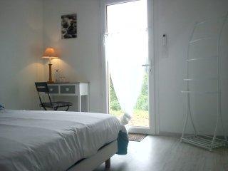 La Villa des Raspes Chambre d'hôtes & WE Bien-Etre - Millau vacation rentals