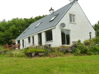 Spacious 4 bedroom retreat in peaceful location - Craughwell vacation rentals