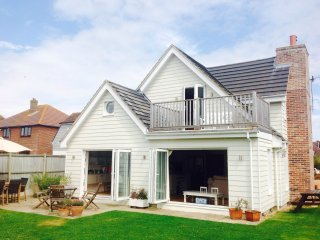 Bright 5 bedroom House in West Wittering - West Wittering vacation rentals