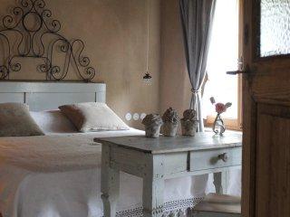 B&B Villa 61 - Maison de Campagne - Limana vacation rentals