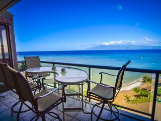 Oceanfront with Stunning Views. Large 2 Bedroom. - Lahaina vacation rentals