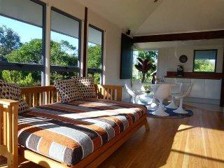 Banksias at the Beach - Beachouse - Suffolk Park vacation rentals
