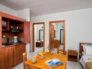 Central Cozy Apartment 150m from sandy beach! - Limenas Chersonisou vacation rentals