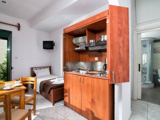 Central Apartment with Hydromasage Shower - Limenas Chersonisou vacation rentals