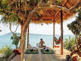 Dragonfly Double rooms/ Restaurant and Sunset Bar - Koh Rong Samloem vacation rentals