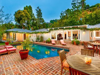 Sanctuary in the Hills, Sleeps 8 - Beverly Hills vacation rentals