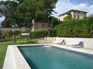 Appartamento in Ancient Villa - Siena vacation rentals
