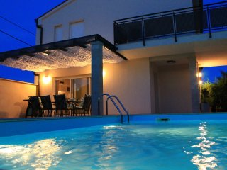 Villa Divina with heated outdoor swimming pool - Banjole vacation rentals