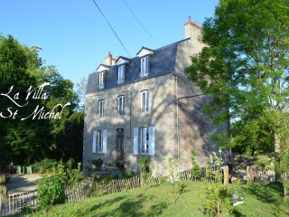 Villa St Michel Dinan 2 or 5 sleeps apartment - Dinan vacation rentals