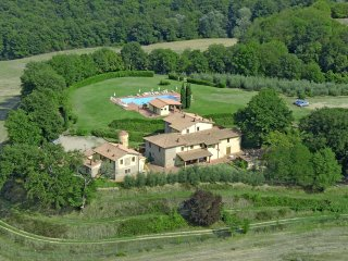 Valdarno House, Residence in Tuscany Farm Holiday - Pieve A Presciano vacation rentals