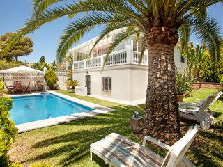 Villa with private pool close to the beach, Costabella Marbella - Marbella vacation rentals