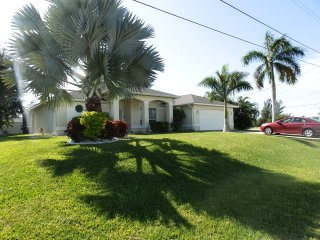 Villa Corona, beautiful waterfront villa with pool - Cape Coral vacation rentals