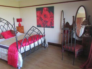 7 bedroom House with Satellite Or Cable TV in Carlingford - Carlingford vacation rentals