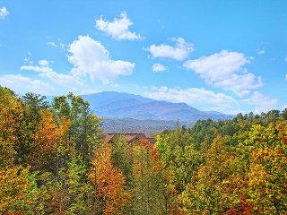 Breathtaking Views from atop Pinnacle Vista in this 3 BR Cabin w/Theater Room - Gatlinburg vacation rentals