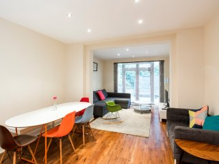 Belsize park 3 bedrooms apartment with garden - London vacation rentals