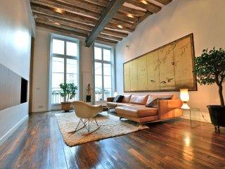 Golden Brac,  2BR/2BA, 4 people - Paris vacation rentals