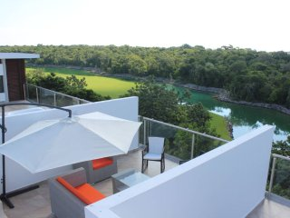 XM4 Awesome Condo, Rooftop Terrace - Akumal vacation rentals