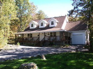 Spacious, Family and Pet Friendly Mountain Home - Jim Thorpe vacation rentals