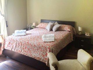Charming 2 bedroom Ponte Galeria Condo with Microwave - Ponte Galeria vacation rentals