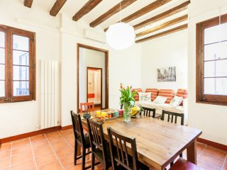 Be Barcelona - Gotico - Wooden Melody - Barcelona vacation rentals