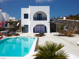 Amor Hideaway three bedrooms villa with pool - Fira vacation rentals