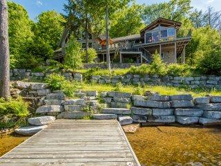 Fabulous East Bay Lake Muskoka 7 bedroom Cottage - Torrance vacation rentals