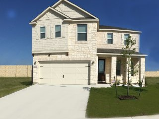 The White House - Brand New Home 3500 SQFT - Austin vacation rentals