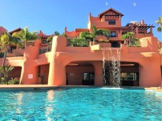Seaview penthouse: 66 m² terrace, sun & privacy! - Estepona vacation rentals