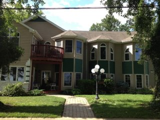 3 bedroom House with Internet Access in Huron - Huron vacation rentals
