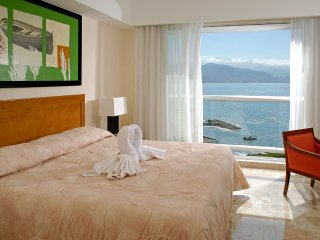 Deluxe Studio at luxurious ocean front resort - Puerto Vallarta vacation rentals
