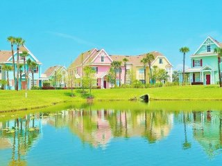 Villa sleeps 9 with Kids Splash Zone by Disney - Kissimmee vacation rentals