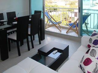 Apartamento Nuevo con balcón - Santa Marta vacation rentals