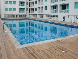 Apartamento nuevo con balcón en el Rodadero 512RES - Santa Marta vacation rentals