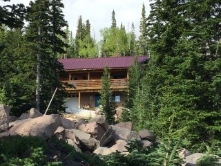 Log Cabin Retreat Near Skiing, Biking, Hiking & National Parks, WI-FI, 4BR +LOFT - Brian Head vacation rentals