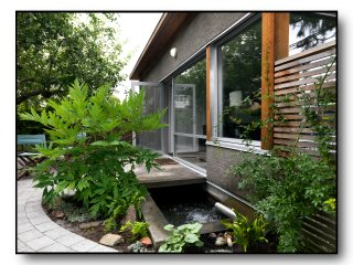 The Best Urban Cottage, Quiet Patio, Garden, Pond - Vancouver vacation rentals