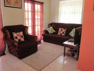 Buttercup Cottage Apartment Anthurium 1Bedroom - Arnos Vale vacation rentals
