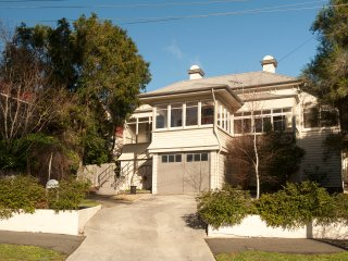 Lovely House with Internet Access and Housekeeping Included - Launceston vacation rentals