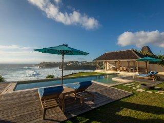 Villa Casa Del Mar - dramatic cliff-front luxury - Nusa Lembongan vacation rentals