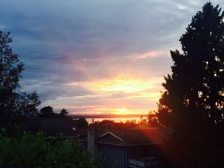 Master suit with stunning view and beautiful deck - Edmonds vacation rentals
