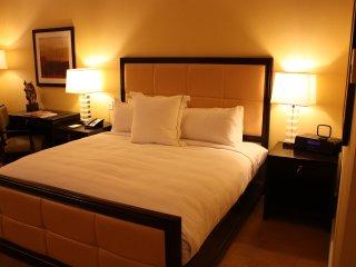 5-Star Luxury Steps Away From The Vegas Strip! - Las Vegas vacation rentals