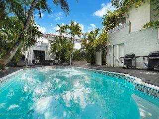 10 Room Art Deco Pool Villa Mansion Estate - Miami Beach vacation rentals