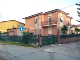 Romantic 1 bedroom Castelnuovo Magra Condo with Parking - Castelnuovo Magra vacation rentals