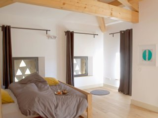 Romantic 1 bedroom Vacation Rental in Bourdeaux - Bourdeaux vacation rentals