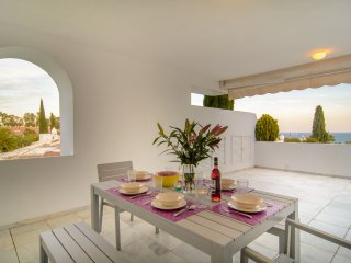 Bahia Real beachfront penthouse with private pool - Elviria vacation rentals