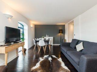 Austin David Apartments - ExCeL Duplex Apartment - London vacation rentals