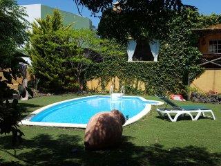 RURAL VILLA WITH PRIVATE POOL GC14 - Las Palmas de Gran Canaria vacation rentals