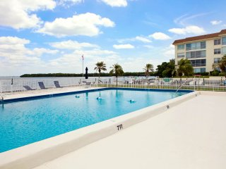 Townhouse with Gulf and Bay Access! - Longboat Key vacation rentals